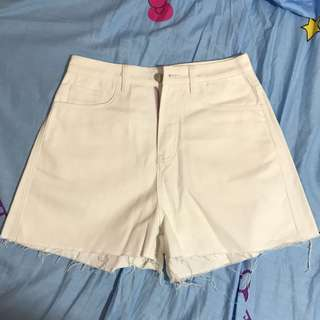 High waist white shorts 高腰白色短褲