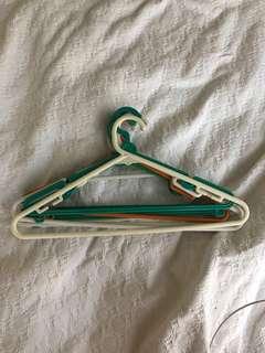 Clothes hanger x20