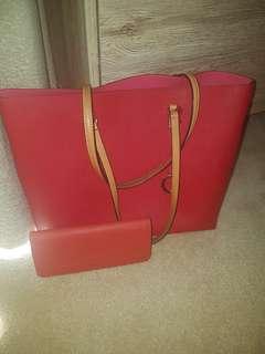 Oroton bag and matching wallet