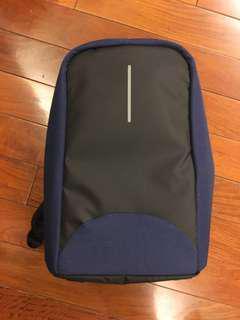 CoolBell酷貝爾15.6吋USB充電防盜雙肩背包