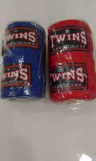 Twins hand wrap