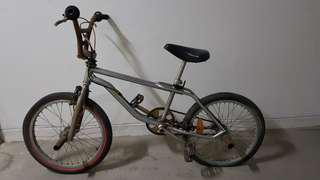 1994 GT bmx bike. first come first serve.