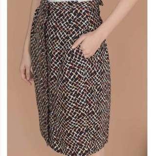 🚚 Lamo.3喜鵲摺紙花苞半身裙
