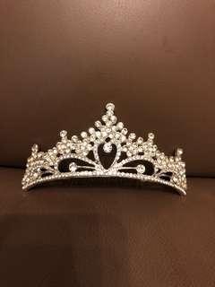皇冠頭飾(包郵)