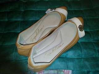 Sepatu wanita merk symbolize