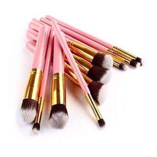 10pcs. Pink Soft Makeup Brushes