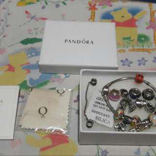 FREE SHIPPING! Pandora Bracelet with 17 charms