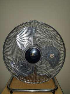FOR SALE : STANDARD Electric Desk Fan