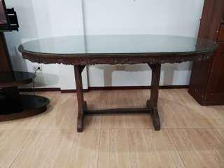 Hardwood oval dining table