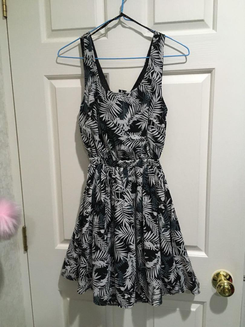 BNWT Valleygirl cute dress