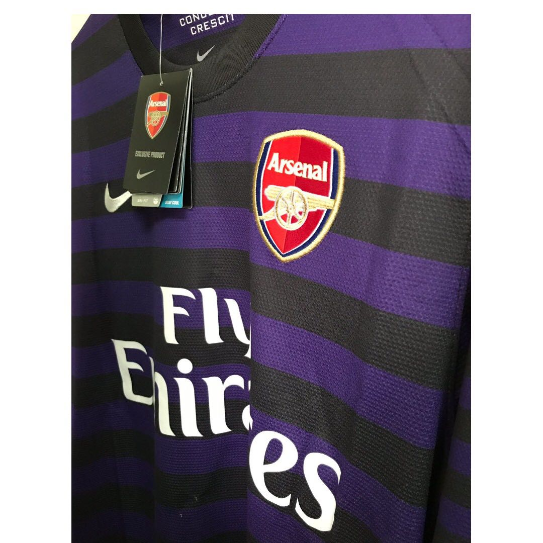6ca116c1fe6 CHEAPEST  Arsenal FC Away Jersey Long Sleeve (with tags!)