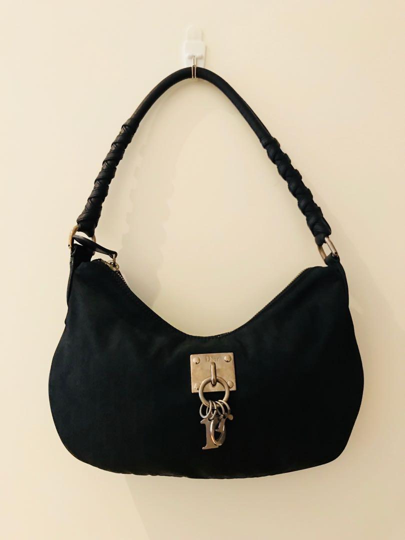 3de91df87cf Christian Dior Handbag, Women's Fashion, Bags & Wallets, Handbags on  Carousell