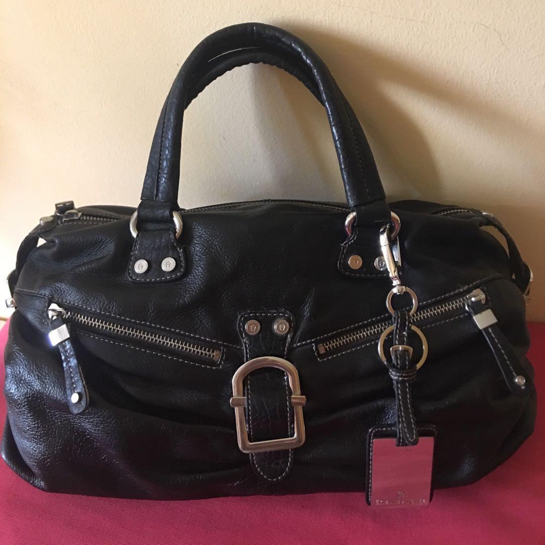 4085f7943 Home · Women's Fashion · Bags & Wallets · Handbags. photo photo ...