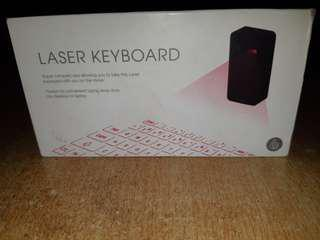 FOR SALE : Tiny LASER KEYBOARD