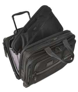 TUMI Alpha 2 (4 Wheeled Deluxe Brief with Laptop Case)