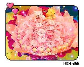🚚 《微笑花兒幸福館》超大66朵夜光玫瑰+33顆金莎巧克力小熊花束!七夕情人節禮物#聖誕節跨年禮物#求婚告白必備 #生日驚喜#520結婚紀念日#預購特價中