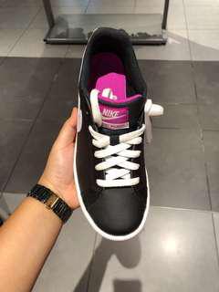 Nike Casual