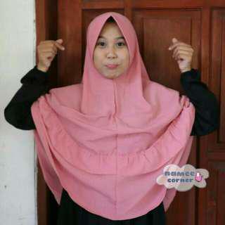 Jilbab Naura Renda Tengah Jombo