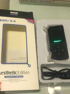 Ruizu x02 MP3 player lightly use