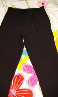 黑色九分褲