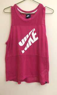 🚚 Nike 慢跑衣/9成新