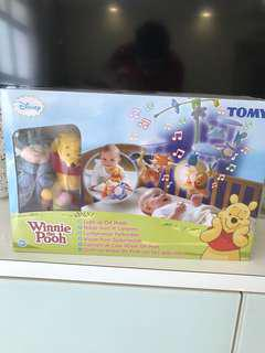 BNIB Winnie The Pooh Light Up Cot Mobile TOMY