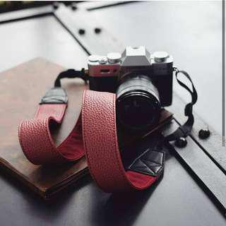 CAMERA STRAP MAROON LEATHER