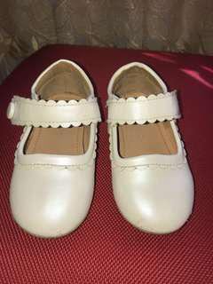 Sepatu Gingersnaps
