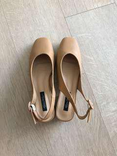 Camel Coloured Slingbacks (Kitten heels) Size 39