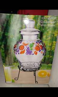 Water glass dispenser