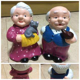 ($6forAll) Old Couple Ceramic Piggy Banks