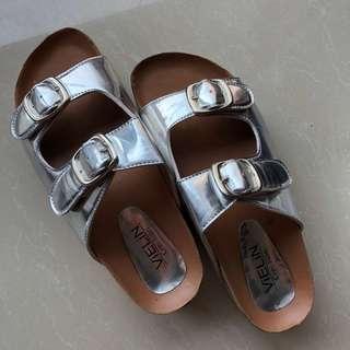 Veline sandals 😍
