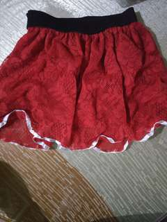 Baby lace red skirt