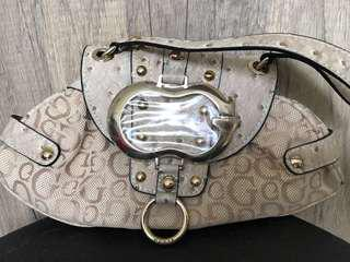 🚚 Brand new Guess handbag