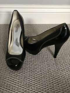 Michael Kors Black Heels Sz 9