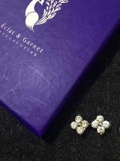 Authentic Éclat & Garnet Accessories
