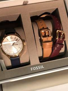 ORIGINAL FOSSIL WATCH FOR MEN AND WOMEN WITH OFFICIAL STORE GIFT RECEIPT ❤