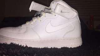 Nike Airforce 1 Mid Size 8