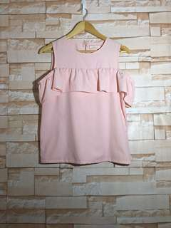 Brand new GTWfab Peach Cold Shoulder Top