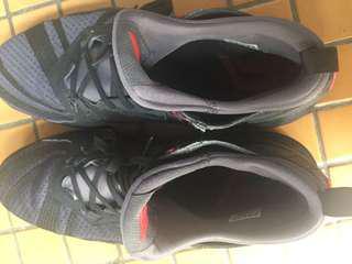 Adidas籃球鞋 dame2