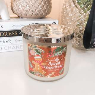 Bath and body works 3 wick candle spiced gingerbread • bbw cute scented candles • Very cute for decor and smells good • Room fragrance / perfume • bbw