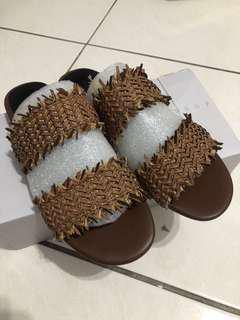 正韓 咖啡鬚皮革編織拖鞋