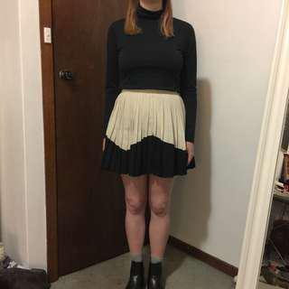 Pleated two-toned skirt
