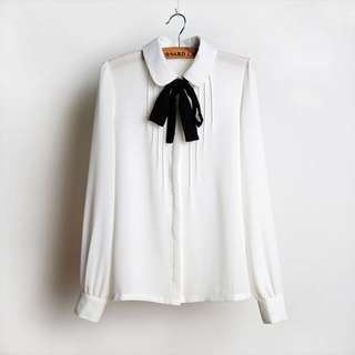Yesstyle White Peter Pan Collar Blouse size M