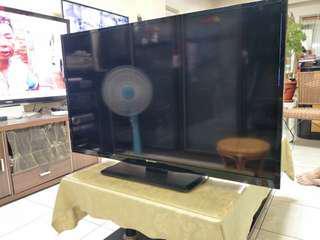 鴻海Open小將40吋液晶電視
