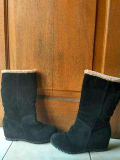 winter boots suede