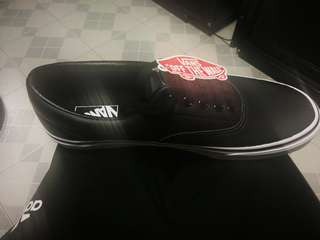 US 10 New Vans leather Shoes