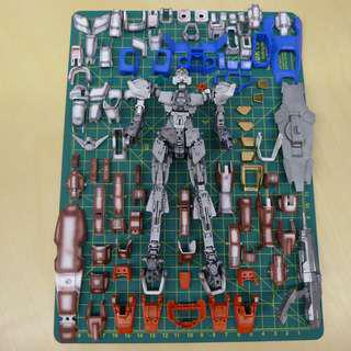 Partially painted Bandai MG Gundam Age 1 Normal - Missing one part