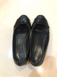 Sepatu hitam black shoes heels