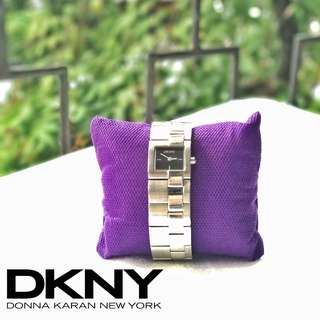 Authentic DKNY Silver Grey Wristwatch Watches / Jam Tangan Abu Metalik